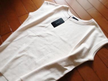 ROSSO タックサーマルフレンチTシャツ 5,940 円 (税込)